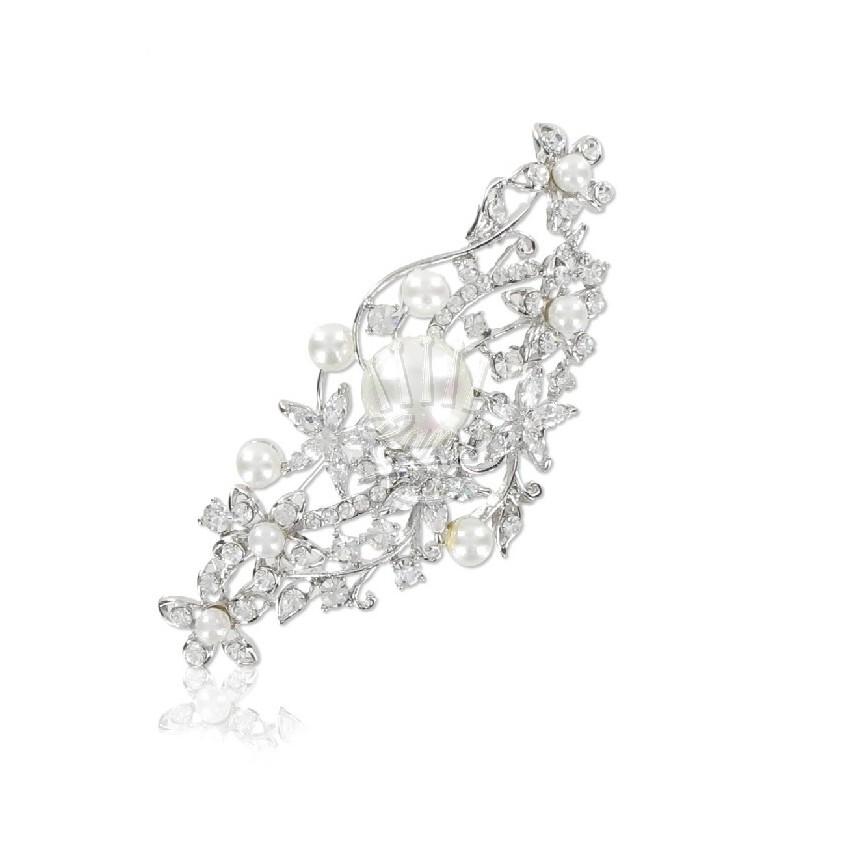 Broche flores y perlas